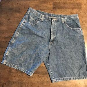Wrangler carpenter shorts